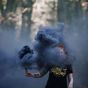 PXM30 Black Smoke Torch Black Smoke Bomb Zwarte Rookbom (Unsplash Picture) Website